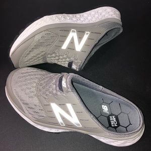 New Balance Women's 900v1 Fresh Foam Walking Shoe